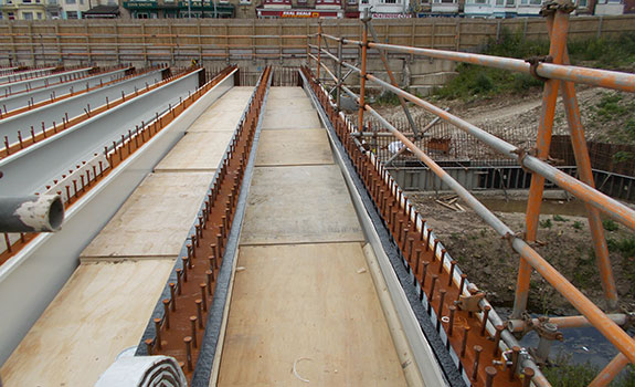 Densostrip™ placed on steel beams ready for installation of Omnia Bridge deck planks.